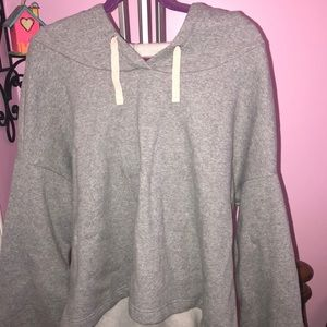 New Without Tags Fabletics CharleeCropped pullover